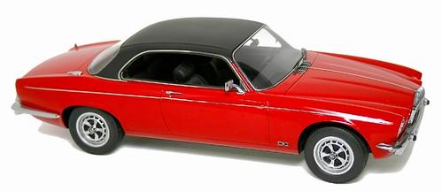 NEO Daimler coupé
