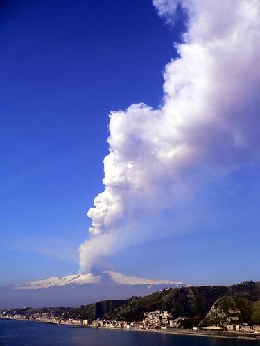 italy volcano europe italia sicily taormina etna sicilia mountetna aetna вулкан италия vulcani paroxysm ätna parossismo европы этна сицилия монтагне