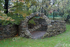 WM Chuck Eblacker 3, Free standing wall, Arch circle
