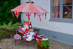 "Diamond Jubilee street party • <a style=""font-size:0.8em;"" href=""http://www.flickr.com/photos/80046288@N08/7345982802/"" target=""_blank"">View on Flickr</a>"