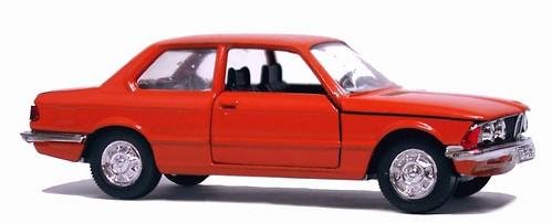 Schuco BMW 320