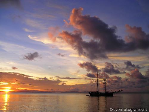 Sunset @ the Whitsunday Islands