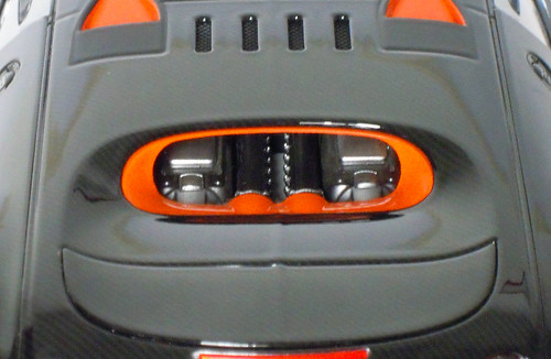 Veyron-SS_motore