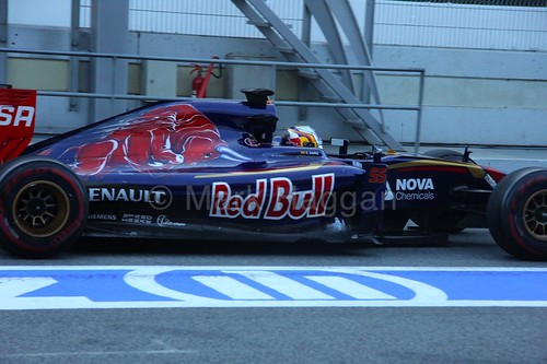 Carlos Sainz Jr in his Toro Rosso at Formula One Winter Testing 2015