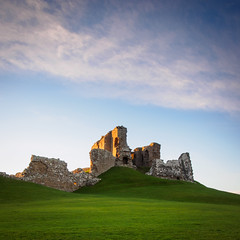 "Duffus Castle • <a style=""font-size:0.8em;"" href=""http://www.flickr.com/photos/26440756@N06/11390236883/"" target=""_blank"">View on Flickr</a>"