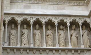 Galerie des évêques et des rois, portail royal...