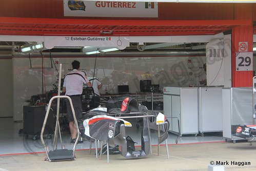 Esteban Gutierrez' Sauber pit garage at the 2013 Spanish Grand Prix