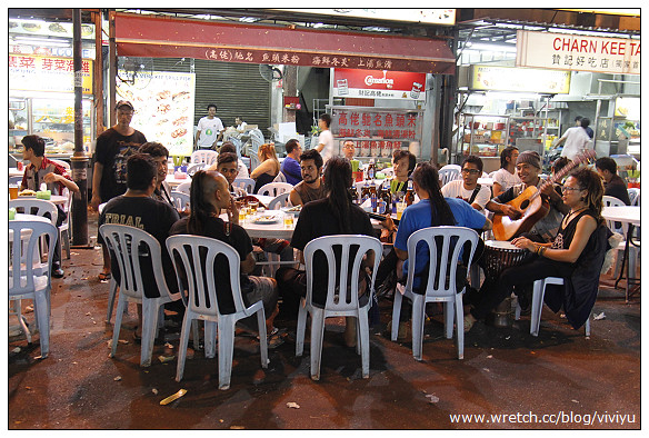 [2013吉隆坡]Jalan Alor -黃亞華小食店~一如記憶中美好的燒雞翅 @VIVIYU小世界