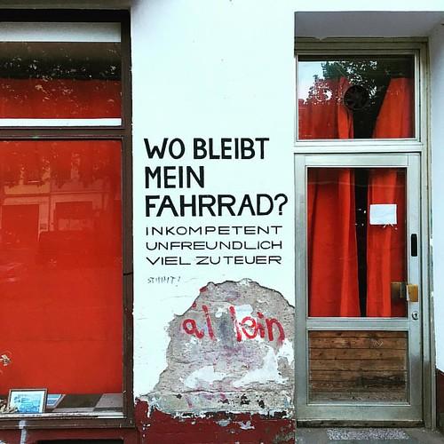 WO BLEIBT MEIN #FAHRRAD? @ #KarlHeineStrasse #Leipzig #traveloup