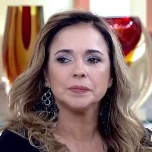 Daniela Mercury diz que já foi ameaçada por fã com tesoura