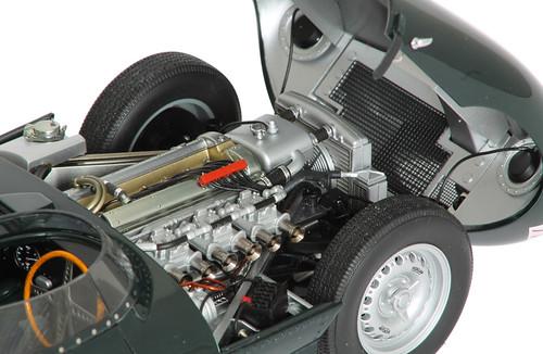 jaguar-dtype-motore2