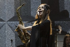 "PJ Harvey - Primavera Sound 2016, sábado - 7 - M63C1764 • <a style=""font-size:0.8em;"" href=""http://www.flickr.com/photos/10290099@N07/26873049584/"" target=""_blank"">View on Flickr</a>"