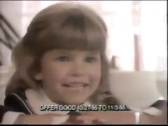 TOO CUTE VINTAGE 80'S BARBIE DOLL SALE COMMERICAL W JUDITH BARSI AND HEIDI ZEIGLER - YouTube_00002