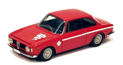 Vision Alfa Romeo Giulia GTA 1300 Junior Corsa 1971-001