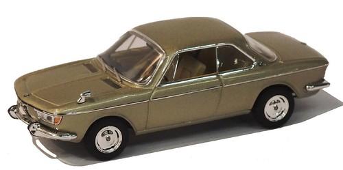 IXO BMW 2000 CS