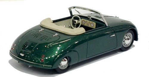 Matrix Porsche 356 Waibel roadster (3)