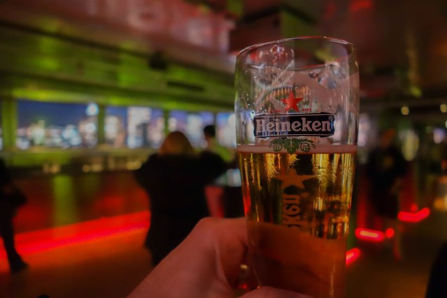 what to do in amsterdam coffee shops heineken experience
