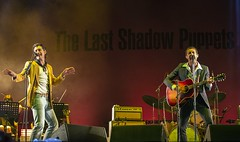 "Primavera Sound 2016 - The Last Shadow Puppets - 1 - M63C0144 • <a style=""font-size:0.8em;"" href=""http://www.flickr.com/photos/10290099@N07/26848668963/"" target=""_blank"">View on Flickr</a>"
