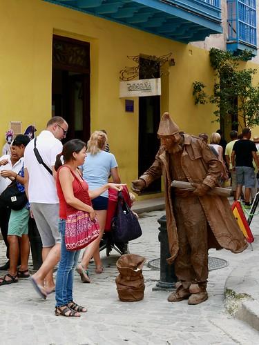 "Obispo, Havana • <a style=""font-size:0.8em;"" href=""http://www.flickr.com/photos/95965052@N03/30184469292/"" target=""_blank"">View on Flickr</a>"