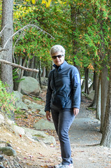 "Helen Hiking • <a style=""font-size:0.8em;"" href=""http://www.flickr.com/photos/19514857@N00/15777135835/"" target=""_blank"">View on Flickr</a>"