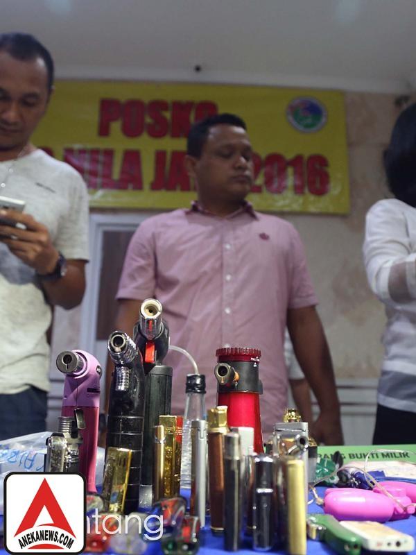 #Gosip Top :Polisi Temukan Alat Bantu Seks di Rumah Gatot Brajamusti