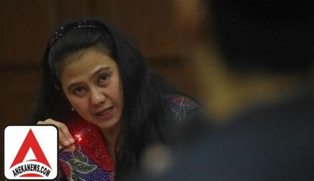 #Terkini: Dituntut 6 Tahun Penjara, Eks Politikus PDIP Menangis