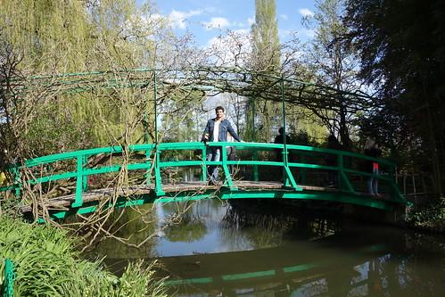 Ce pont a inspiré un tableau très célèbre à Claude Monet.