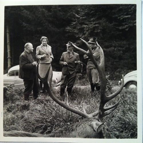 Opa (rechts) mit Forstkollegen  #FamilieD