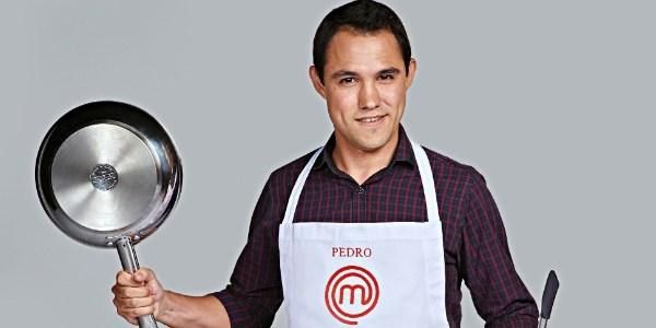 """Chamado de arrogante, Pedro erra ceviche e é eliminado do """"MasterChef"""""""