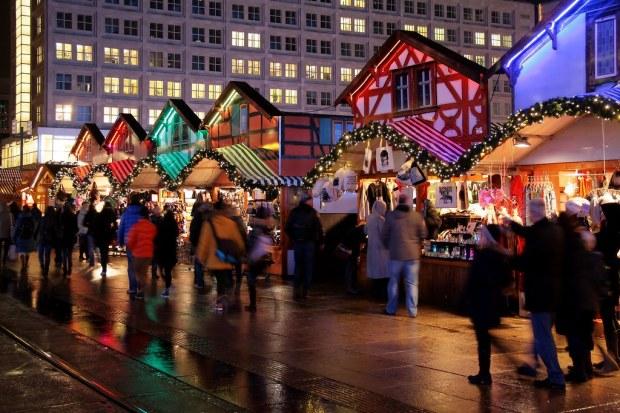 Berlin: Weihnachtsmarkt am Alexanderplat by Jorge Franganillo, on Flickr