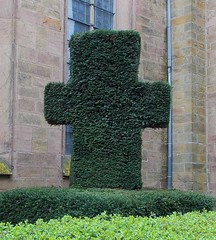 "Das Kreuz • <a style=""font-size:0.8em;"" href=""http://www.flickr.com/photos/42554185@N00/15701009862/"" target=""_blank"">View on Flickr</a>"