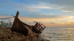 Abandoned boat, revisit 3rd May 2015