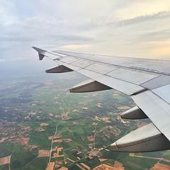 Wing #ala #wing #airplane #avion