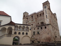 Sarospatak Castle - a look around but the castle is closed today