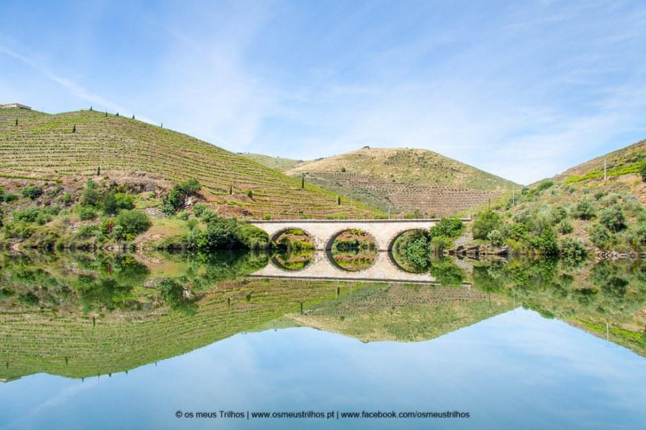 Há lugares quase perfeitos, não há? E o Douro tem tantos :-)