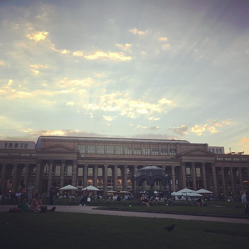 #sunset #IlikeMondays @ #Schlossplatz #0711 #Stuttgart