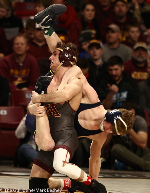 Quarterfinal - Sean Russell (Minnesota) 24-3 won by major decision over Drew Mattin (Michigan) 16-6 (MD 10-1) - 1903amk0241