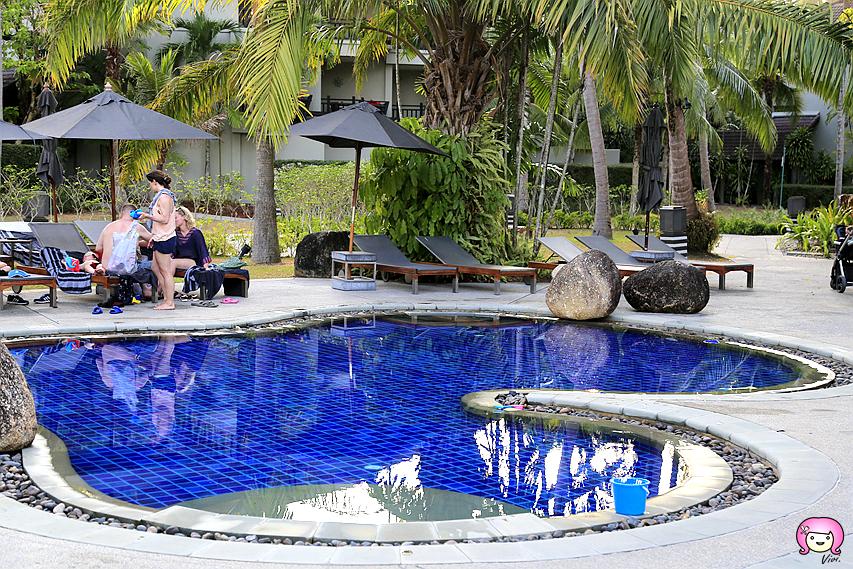 [普吉島住宿]泰國南部.The Slate Resort|靠近Phuket普吉機場.鄰近奈揚海攤~入住專屬泳池房 @VIVIYU小世界
