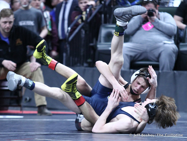 113A Semifinal - Charley Elwood (Medford) 35-2 won by decision over Zach Brown (Crookston) 39-3 (Dec 9-5). 190302AJF0101