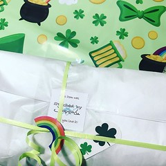 """Getting March bag club packages ready to go! Did you miss out? No worries, I'm opening April sign ups next week! 😉 #doyoufeellucky ☘️🌈#SbJLClub #stitchedbyjessalu #handmade #projectbags for your #knitting or #crochet • <a style=""""font-size:0.8em;"""" href=""""http://www.flickr.com/photos/85938040@N00/33446748928/"""" target=""""_blank"""">View on Flickr</a>"""