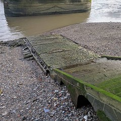 Thames steps and slipway