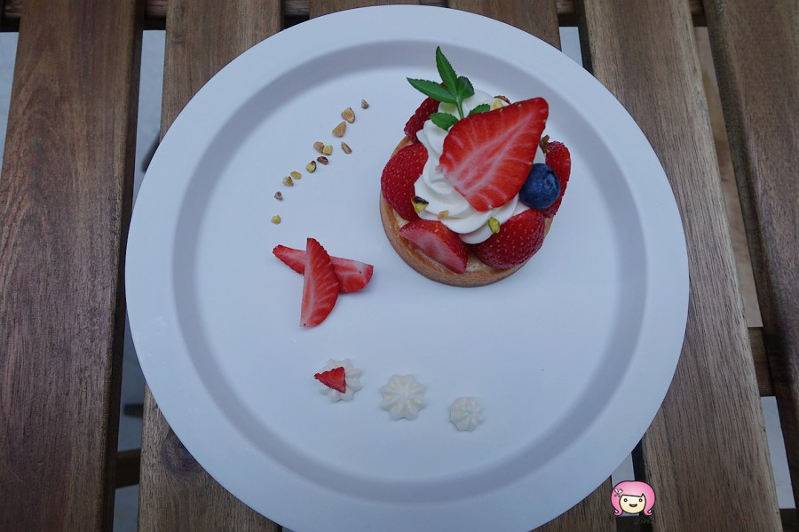 [桃園美食]藝文特區.lindajia甜點工作室│沒有預約吃不到的神祕店家.每月只開放少少幾天提供預約內用 @VIVIYU小世界