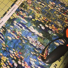 """For my art geeks - Monet!!! #soexcitedforthis #monet #waterlillies #projectbagsdontcount #stitchedbyjessalu #handmade #byjustme #projectbags for your #knitting or #crochet • <a style=""""font-size:0.8em;"""" href=""""http://www.flickr.com/photos/85938040@N00/40366281043/"""" target=""""_blank"""">View on Flickr</a>"""
