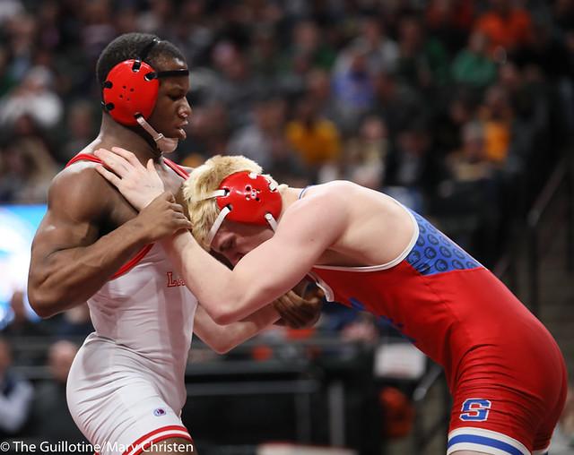 170AA 1st Place Match - Isaiah Thompson (Detroit Lakes) 45-3 won by decision over Nolan Wanzek (Simley) 33-15 (Dec 5-3) - 190302BMC4925