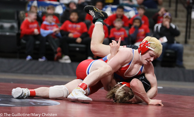 132AA 1st Place Match - Ryan Sokol (Simley) 51-0 won by fall over Charlie Pickell (Mankato West) 47-2 (Fall 5:56) - 190302BMC4474