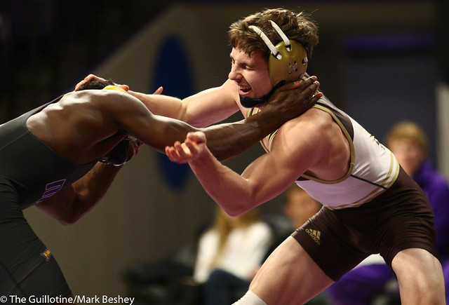 133: George Farmah (MSU) wins a 7-2 decision vs Brock Buysse (SMSU) | 6-6 - 190125mke-0038