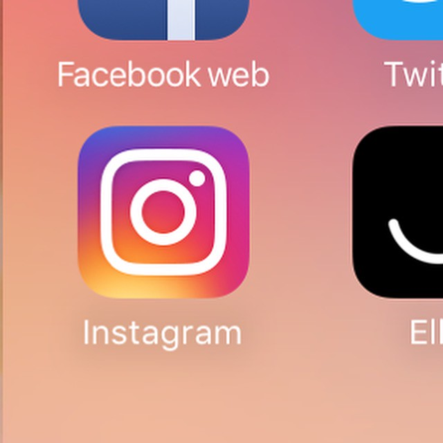 Instagram 8 logo