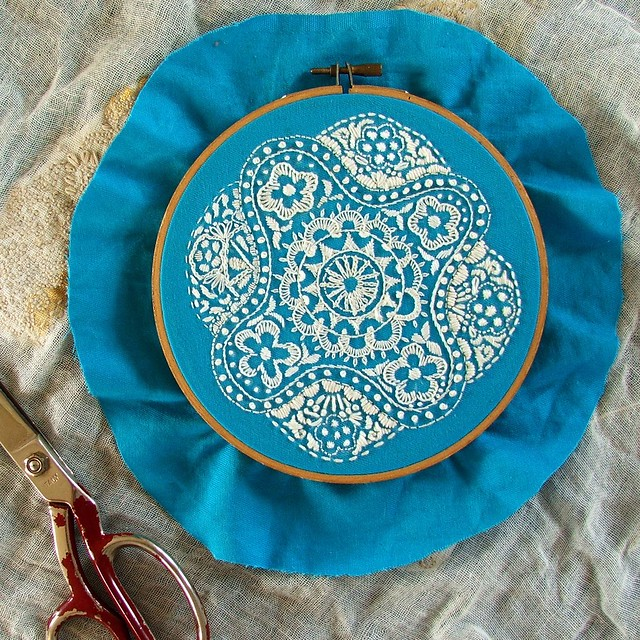 Embroidery hoop finishing