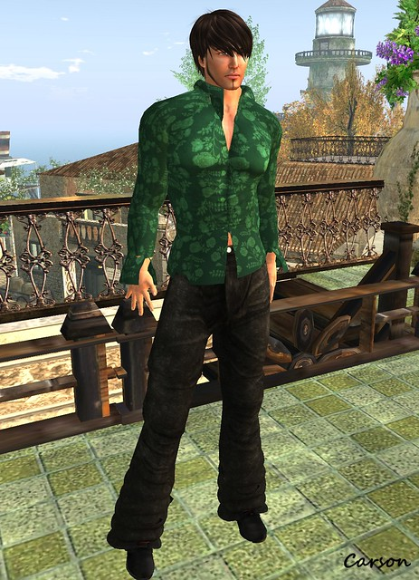 22769 - Green Flower Shirt and Loose Pants