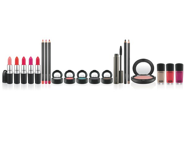 MAC & Iris Apfel Collection - Promotional Photo (3)